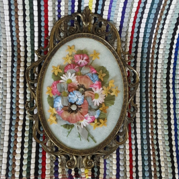 ITALY'S FLORAL FRAMED FLOWERS BOUQUETS PATTERNS